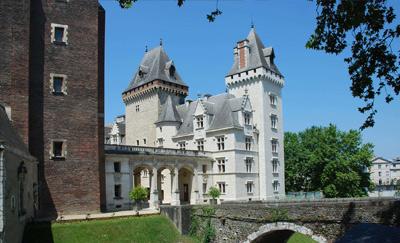 chambres_hotes_oloron_sainte_marie_domaine_pedelaborde_chateau_de_pau_henry_4