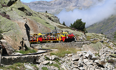 train_artouste_chambres_hotes_hebergement_pyrenees_randonnee_montagne_bearn